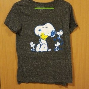 Peanuts snoopy and Woodstock shirt